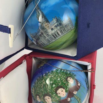 Pair of hand painted Salisbury baubles