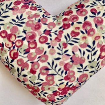 Lavender filled LIBERTY heart – Pink