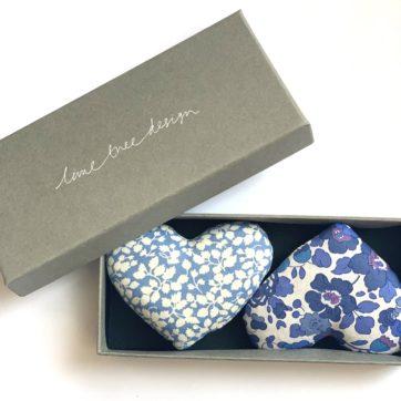 Lavender heart sachets – Blue floral