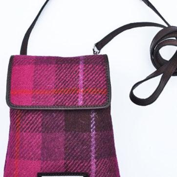 Shona Easton – Harris Tweed Mika Bag – Pink